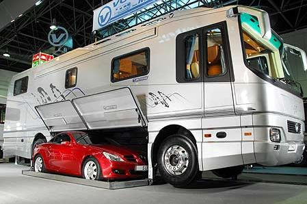 The world 39 s most expensive motorhomes torontonian online for Million dollar motor coaches